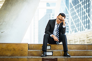 closing 300 - Why 64% of Salespeople Don't Close